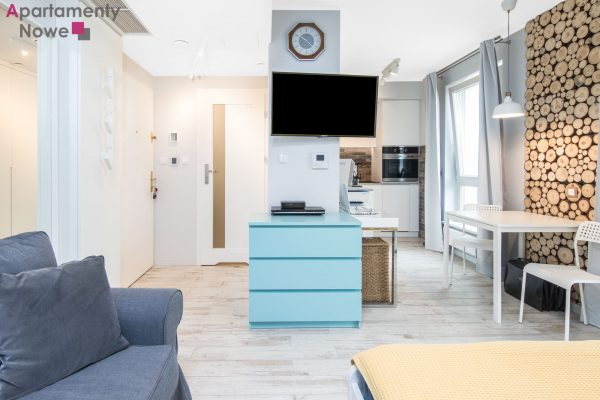"""New, cozy studio-apartment 27m2 with a spacious balcony in luxury development """"Augustinska residence"""" in historical center of the city"""