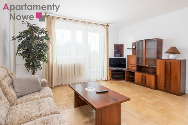 Cozy one-bedroom apartment 58 sqm with huge balcony at Szafera street near Grzegórzeckie rondabout