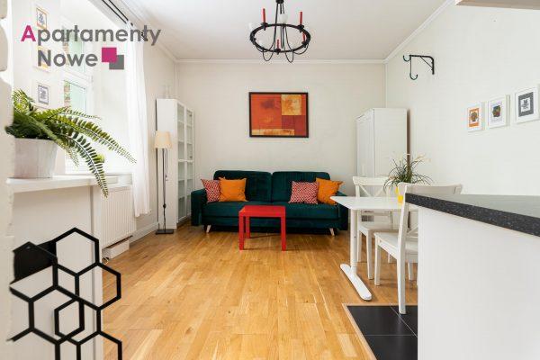 Klimatyczne mieszkanie z oddzielną sypialnią 35 m2 w sercu Starego Podgórza
