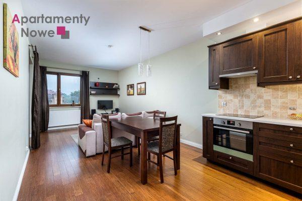 """Przestronne, komfortowe dwupokojowe mieszkanie 61 m2 w kompleksie """"SentoPark"""" przy ul. Milkowskiego 7"""