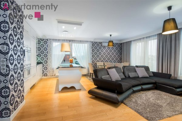 """Spacious, stylish two-bedroom apartment 78 sqm with a huge terrasse in """"Bronowice Residence"""" Chełomońskiego street"""