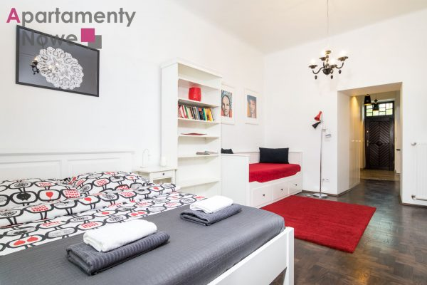 Cozy studio-apartment with separate kitchen in the center of historic Kazimierz at Józefa Street